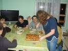 011-magda-kroi-a-tomek-sie-raduje